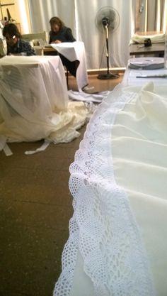 En el taller lista para entregar cortina de gasa natural - Dobladillo cortinas ...