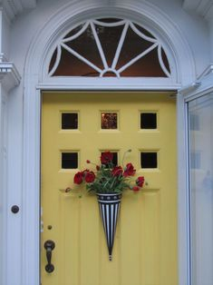 yellow front door.....and yet another post with no reference to the actual pin....grrrrrrrr...I really like this yellow door and wanted to find the color name, put this door is no where to be found on the ref. link.