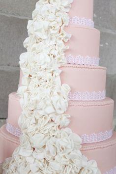 Pink Wedding Cake by TinyCarmen