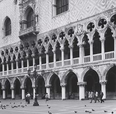 ANDREAS FEININGER (1906 - 1999) Arcades of the Ducal Palace in Venice, ca. 1960 - gelatin silver print