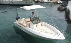Small motorboats for hire without a captain. Excellent performance with an engine that can reach 40 knots.   Web Site: www.amalfisails.com E-Mail: info@amalfisails.it