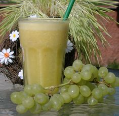 ananas pomeranc hroznove vino Juice Drinks, Fruit Juice, Smoothies, Detox, Vineyard, Fresh, Sweet, How To Make, Gardening