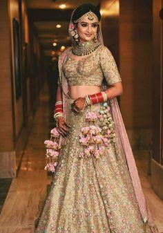 A Punjabi bride's wedding attire is incomplete without the Kalira. Wedding Lehnga, Indian Bridal Lehenga, Indian Bridal Makeup, Indian Bridal Outfits, Indian Bridal Fashion, Indian Bridal Wear, Indian Designer Outfits, Wedding Attire, Bridal Dresses