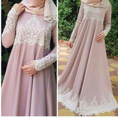 Hijab Dress Party, Hijab Style Dress, Abaya Mode, Mode Hijab, Abaya Designs, Abaya Fashion, Fashion Dresses, Hijab Mode Inspiration, Hijab Stile