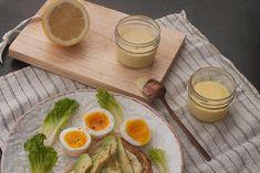 Découvrez comment faire une mayonnaise maison en 30 secondes avec un pied mélangeur. Ground Beef Keto Recipes, Mediterranean Chickpea Salad, Homemade Mayonnaise, Marinade Sauce, Low Calorie Recipes, Salad Recipes, Entrees, Brunch, Food And Drink