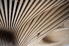 Galería de Renovación One Main Office / dECOi Architects - 15