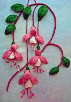 Wonderful Ribbon Embroidery Flowers by Hand Ideas. Enchanting Ribbon Embroidery Flowers by Hand Ideas. Brazilian Embroidery Stitches, Hand Embroidery Stitches, Silk Ribbon Embroidery, Crewel Embroidery, Hand Embroidery Designs, Embroidery Techniques, Machine Embroidery, Embroidery Needles, Embroidery Flowers Pattern