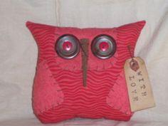 Primitive Valentine Owl