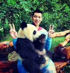 Jeremy Lin With A Giant Panda