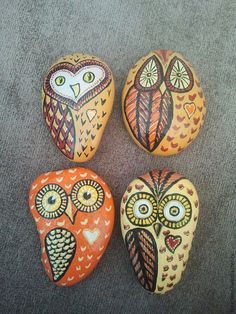 Купить Совушка с сердечком - роспись по камню, акрил, сувенир, подарок, галька, камень, галька