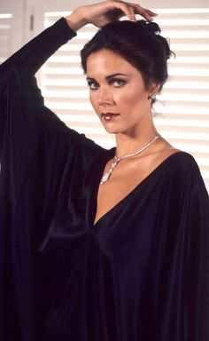 The 381 best Lynda Carter images on Pinterest in 2018 | Linda carter