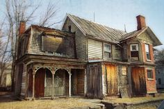 Abandoned House, beautiful in its decay