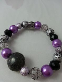 Stretch Bracelet-Violet and Black #handmade #etsymntt