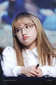 Your source for everything on your favorite barbie doll, Cheng Xiao! Kpop Girl Groups, Korean Girl Groups, Kpop Girls, Lee Jin, Wjsn Luda, Blonde Asian, Sketch Poses, Beautiful People, Beautiful Women