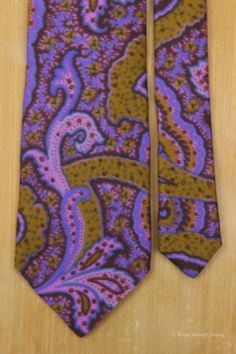 e97050ddae08 ETRO MILANO Block Print Exploded Paisley Purple Gold Silk Tie Classic Italy