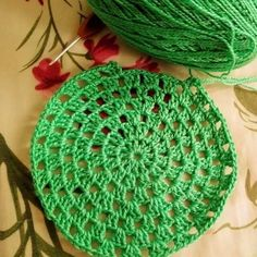 Crochet Bolero, Crochet Diy, Crochet Granny, Crochet Doilies, Crochet Hats, Crochet Stitches Patterns, Stitch Patterns, Crochet Jar Covers, Crochet Kitchen