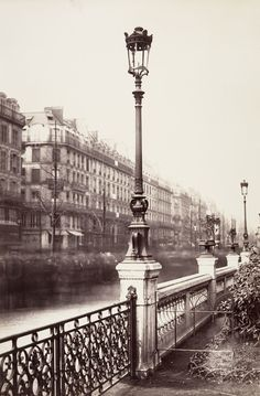 Near Arts et Métiers in 1864.   These Intriguing Photos From The 1860s Show A Paris That No Longer Exists