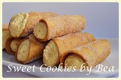 Cannolis (al horno) | Cocina Cannoli, Queso Fresco, Sweet Cookies, Calzone, Sweet Potato, Donuts, Icing, Cake Recipes, Snacks