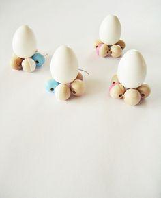 Dip-Dye Holzkugel-Eierbecher, Untersetzer für`s Ei