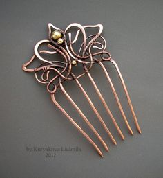 WireDream - if only these combs worked in my hair.