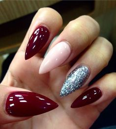 Take a look at 15 amazing foil nails for long and short manicures in the photos below and get ideas for your own amazing nail art! New foils…reminds me of my bestie nails…I'm going to try this! Gorgeous Nails, Love Nails, My Nails, Stiletto Nails, Glitter Nails, Red Glitter, Stiletto Nail Designs, Glitter Art, Coffin Nails