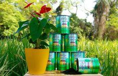 Com bom humor a empresa oferece um ótimo material orgânico para uso em plantas de um modo geral, o verdadeiro bom pra tudo. O adubo Bosta em Lata é um composto natural de esterco bovino, turfa e terra natural. Rico em NPK (nitrogênio, fósforo e potássio), fornece outros macros e micronutrientes como cálcio (Ca), enxofre (S), magnésio (Mg), ferro (Fe), boro (B) e zinco (Zn). Substitui a adubação convencional. O prazo de validade é indeterminado. E o melhor, a aplicação é extremamente simples…