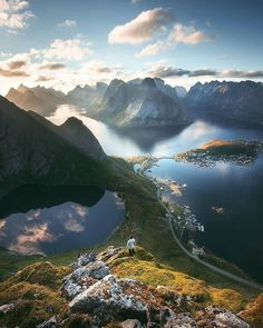 Magic of Lofoten Islands Pelhrimov Vysocina Czech Republic Tomas Havel Places To Travel, Places To See, Travel Destinations, Travel Route, Vacation Travel, Usa Travel, Vacation Ideas, Lofoten Islands Norway, Nature Photography