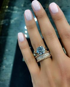 4,587 mentions J'aime, 33 commentaires – LUXURY JEWELERY BLOG ™ (@vibes_jewelery) sur Instagram : «Sunday Night Gossip .... Soon back in stock !!! . . . Ring by @zizovdiamonds . Via - @jewelerypage…»