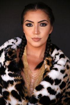 Modelo: Vanessa Vasconcelos Yara Prado – www.yaraprado.com.br  Makeup Artist & Hair. Aibrush Makeup. Cursos de Maquiagem Profissional, Automaquiagem e Produções.  Snap: yarapradomakeup / Whatsapp 61 8466.5667 / Instagram @yarapradomakeup