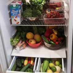 Last week @sprouts had an awesome sale so I stocked up on loads of healthy foods. Fithair starts from the inside out so this week I am sharing how I keep my refrigerator healthy organized and clean in my latest video. Check out the blog for details footage and tips. Link in description.