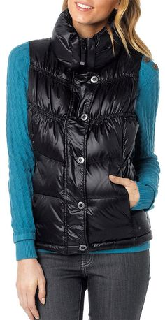 The prAna Milly Down Vest makes transitioning into cooler weather stylishly simple.