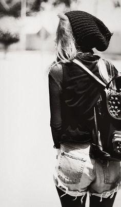 #punk girl rocks the #grunge look! #style #inspiration