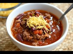 Chili in the Instant Pot is about as easy as it gets for a cold-weather dinner, and here are our picks for The BEST Instant Pot Chili Recipes. Chili Recipes, Crockpot Recipes, Dog Food Recipes, Cooking Recipes, Healthy Recipes, Turkey Crockpot, Cooking Bacon, Pressure Cooker Chili, Instant Pot Pressure Cooker