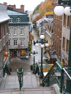 Ville de Québec, Québec, Canada - things to see for all - we did walked down these stairs not too long ago. Old Quebec, Montreal Quebec, Quebec City, Oh The Places You'll Go, Places To Travel, Canada Toronto, Canadian Travel, Canadian Rockies, Chateau Frontenac