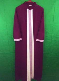 Vintage JcPenny Misses Maroon Pink Zippered Full Length Robe Housecoat Size  14 c6ab30b01