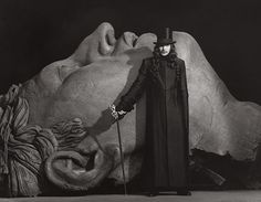 (via The Grim Gallery: Exhibit Gary Oldman in a publicity photo for Bram Stoker's Dracula Gary Oldman, Graf Dracula, Bram Stoker's Dracula, Dracula Series, Comte Dracula, Eiko Ishioka, Herb Ritts, Fiction, Creatures Of The Night