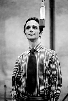 Joel Grey- love this man!
