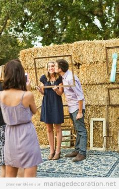 Stack some hay bales, hang up some vintage frames and put those ribbon medallions to use for a DIY wedding photo booth backdrop that flaunts country chic style. Major bonus points for including ribbons you've won at a state fair. Diy Wedding Photo Booth, Wedding Photos, Rustic Photo Booth, Chic Wedding, Trendy Wedding, Wedding Rustic, Wedding Country, Country Weddings, Country Chic Party