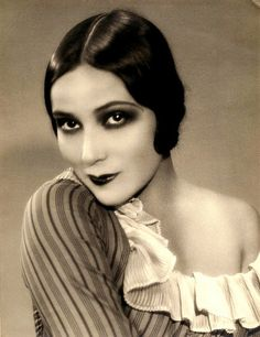 "summers-in-hollywood:""Dolores del Rio, Vintage Hollywood, Old Hollywood Glamour, Classic Hollywood, 1920s Makeup, Vintage Makeup, Vintage Beauty, Maquillage Goth, Maquillage Halloween, Harlem Renaissance"