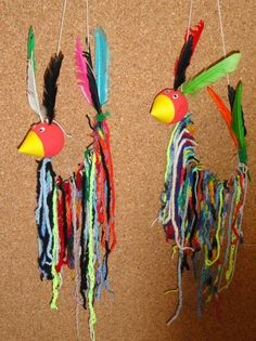 häkeln in der grundschule - Google-Suche Quick Crafts, Diy And Crafts, Arts And Crafts, Classroom Art Projects, Art Classroom, Weaving Textiles, Crafts For Girls, Kids Crafts, Sewing Class