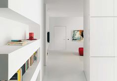 Ultra Modern White And Red Interior Black Interior Doors, Interior And Exterior, Interior Design, Minimalist Bookshelves, Wing Wall, Red Interiors, Decoration, Sweet Home, Loft