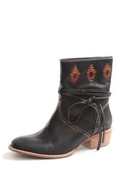 Kensie Footwear Bindi Western Boot