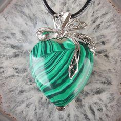 Malachite Ribbon Heart Pendant