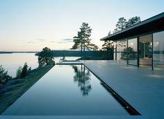 SUBTILITAS Minimalist House Design, Minimalist Home, Modern House Design, Villa, Sweden House, Modern Lake House, Glass House, Pool Designs, Backyard Designs
