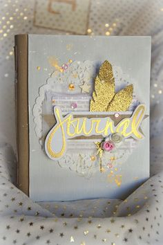 TendrementScrap: Livre de naissance Fille ! Mini Albums Scrap, Mini Scrapbook Albums, Scrapbook Paper Crafts, Diy Scrapbook, Album Photo Scrapbooking, Scrapbooking Layouts, Diy Notebook, Book Making, Mini Books