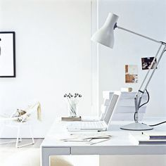 Creative Home Office Decor Ideas to Effeciently Utilize Small Spaces Modern Workspace The Home Office Design Round Up Green Home Offices, Modern Home Offices, Home Office Space, Home Office Design, Home Office Decor, Home Interior Design, House Design, Office Ideas, Office Workspace