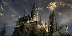 This Harry Potter trivia quiz will test your knowledge of the wizarding world of Harry Potter to see if you have enough knowledge to make it Hogwarts. Harry Potter Pc, Harry Potter Hermione Granger, Chateau Harry Potter, Ron Et Hermione, Classe Harry Potter, Harry Potter Pictures, Harry Potter Aesthetic, Harry Potter Facts, Harry Potter Movies