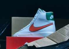 Nike Stranger Things Shoes - Release Dates | SneakerNews.com Shoe Release Dates, Shoe Releases, Creepy Monster, Nike Snkrs, Nike Vapor, School Colors, Green And Orange, Shoe Boots, Shoes