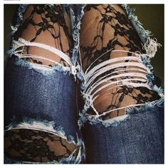 Ripped jeans & Lace leggings