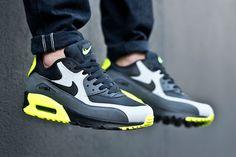 คัดมาแล้ว!! มาดู 8 รองเท้า Nike Air Max ที่ออกในปี 2015 สวยเท่มากสุดๆ - Dek-D.com > มีรูปเด็ด > รูปสิ่งน่าสนใจ